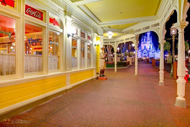 Casey's corner is a great place to take a break at Walt Disney World