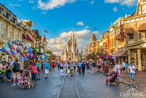 Light morning crowds at the Magic Kingdom during Extra Magic Hours