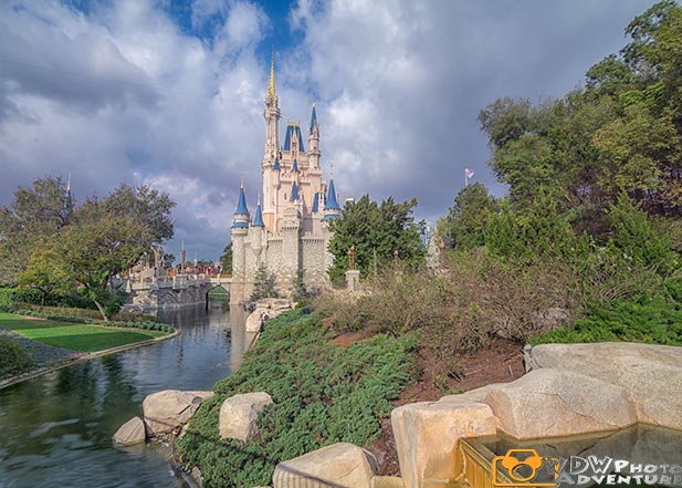 Cinderella Castle is beautiful in the morning during Extra Magic Hours