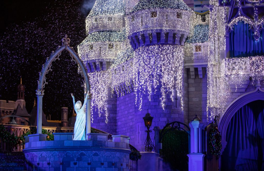 A Frozen Holiday Wish with Elsa
